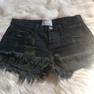 New ONETEASPOON Bonita's shorts. Size 27
